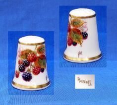 RUSSELL HAND PAINTED BRAMBLES THIMBLE.....SIGNED NC NIGEL CREED
