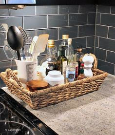 Solutions for a Clean and Clutter-Free Kitchen Sink Zone No Counter Space? Solutions for a Clean and Clutter-Free Kitchen Sink ZoneNo Counter Space? Solutions for a Clean and Clutter-Free Kitchen Sink Zone Kitchen Ikea, Kitchen Pantry, New Kitchen, Kitchen Dining, Kitchen Decor, Organized Kitchen, Kitchen Counters, Countertops, Kitchen Baskets