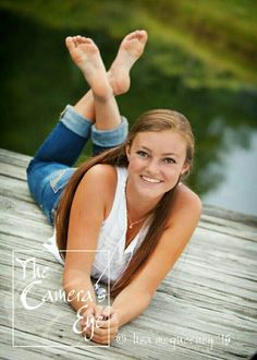 Senior picture girl poseYou can find Senior picture poses and more on our website. Senior Pics, Senior Pictures Water, Summer Senior Pictures, Senior Photo Outfits, Girl Senior Pictures, Outdoor Senior Pictures, Senior 2017, Senior Picture Girls, Senior Picture Clothes