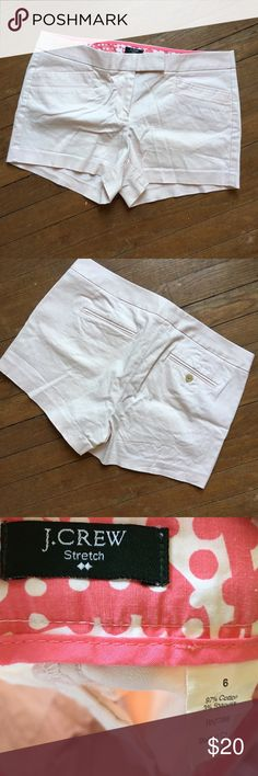 JCREW blush shorts 97% cotton/ 3% spandex- the inseam is 3 inches- EauC- double clasp with zipper closure! These shorts are so cute and have great threading on pockets- JCREW factory shorts J. Crew Shorts