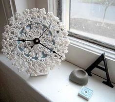 crochet clock-I imagine any crocheted doily with a clock kit would work-great idea!