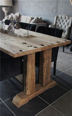 design home app Rustic Table, Wooden Tables, Farmhouse Table, Cabin Furniture, Rustic Furniture, Dining Room Table, Home And Living, Interior Design, Home Decor