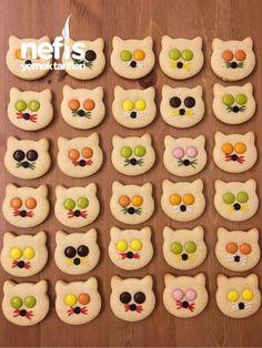 Bonibonlu Kedi Kurabiye – Nefis Yemek Tarifleri Puff pastry cookies recipes # flavor # presentation # presentation is important Cat Cookies, Biscotti Cookies, Cookies For Kids, Cookies Et Biscuits, Cupcake Cookies, Yummy Recipes, Cookie Recipes, Dessert Recipes, Yummy Food