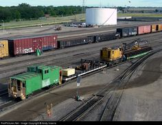 RailPictures.Net Photo: BN 12607 Burlington Northern Railroad Caboose at Minneapolis, Minnesota by Andy Inserra