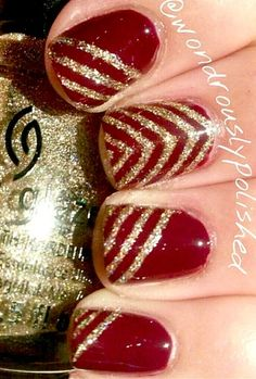 Nail art Deep Red - Burgundy Nails with Gold Stripes Get Nails, Love Nails, How To Do Nails, Pretty Nails, Hair And Nails, Matte Nails, Red And Gold Nails, Gold Nail Art, Burgundy Nails