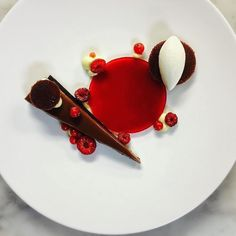 Red fruits coconut chocolate by @orlando