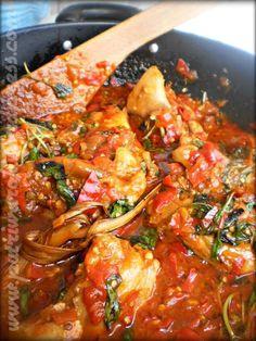 Ayam Rica-Rica by nisa tsvetkova Indian Food Recipes, Asian Recipes, Paneer Recipes, Malay Food, Indonesian Cuisine, Indonesian Recipes, Good Food, Yummy Food, Malaysian Food