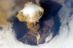 volcano eruption (2009 NASA)