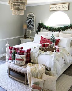 Love this cozy holiday bedroom. I would love a neutral guest room one day that can be easily updated for each holiday. For the sign above the bed, maybe you could have that same size sign for each holiday. Decor, Elegant Bedroom, Cozy Christmas, Farmhouse Christmas Decor, Holiday Bedroom, Home Decor, Christmas Decorations Bedroom, Farmhouse Christmas, Christmas Bedding