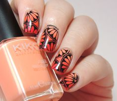 Marine Loves Polish: un Joyeux Stamp'versaire Héloïse!! Asian inspired Stamping nail art (over gradient) using: Kiko: 359, Kiko: 491 and Wet'n'Wild: Red Red ... for the stamping: MoYou Suki plate