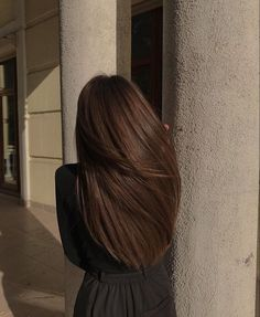 Hair is an important material primarily composed of protein, notably keratin. Hair care is your hair type. Your hair goals. Your favorite hair color Here you find all the possible methods to have perfect hair. Brown Blonde Hair, Dark Hair, Red Hair, Rich Brown Hair, Long Brunette Hair, Brunette Color, Long Brown Hair, Brunette Beauty, Hair Inspo