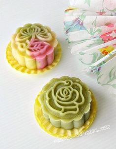 """green tea """"snowy"""" (chilled, not baked glutinous rice crust) mooncake."""