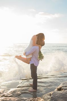 Adorable Engagement Photos on the Beach ★ See more: http://glaminati.com/engagement-photos-beach/