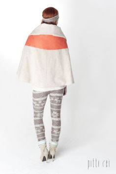 Lookbook meiner Abschlusskollektion 'Fake Foxes will never reach paradise'  Copyright: Ralf Erlinger Model: Laura Seibert Couture/production: Pitti Rei