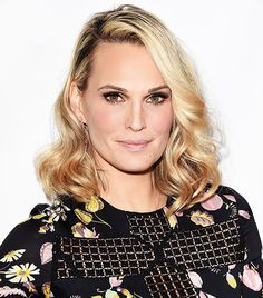 "Molly Sims Shares Her Anti-Aging Secrets: ""It's All About Being Proactive"" via @ByrdieBeauty"