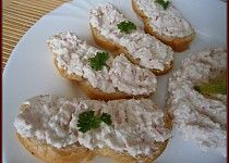 Pomazánka ze surimi Potato Salad, Potatoes, Cheese, Meat, Chicken, Ethnic Recipes, Food, Potato, Essen