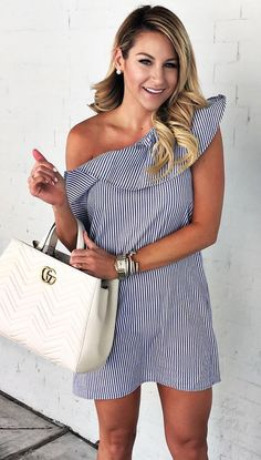 *Sign up today to get 2017 Fashion trends sent right to your door, hand picked for you by your own personal STITCH FIX stylist! JUST $20!! Have it sent to you as much or as little as you'd like! Click the pic now to fill out your style profile! #SPONSORED  vertical striped one shoulder spring or summer dress.