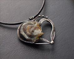 #artplanet.cz #handmade #módnídoplňky #fashionaccessories #šperky #bižuterie #jewellery Copper Work, Heart Jewelry, Jewelry Design, Bracelets, Necklaces, Silver, Tiffany, Candy, Blog
