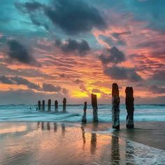 ideas photography water man beautiful sunset for 2019 Beautiful Sunset, Beautiful Beaches, Beautiful World, Simply Beautiful, Landscape Photography, Nature Photography, Amazing Photography, Photography Tips, Jolie Photo