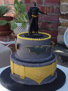 Lego Batman Cake Ideas found on web search Batman Birthday Cakes, Batman Cakes, Batman Party, Superhero Party, Lego Batman, Spiderman, Knight Cake, Cake Images, Fancy Cakes