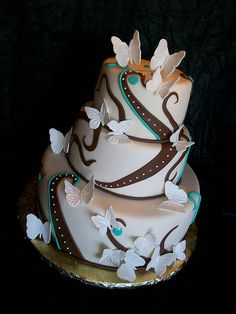 I like the look, but I still don't like fondant. Pretty Cakes, Beautiful Cakes, Amazing Cakes, Butterfly Wedding Cake, Butterfly Cakes, Cupcakes, Cupcake Cookies, Brown Wedding Cakes, Pool Cake