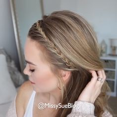 hair tutorial video flechten, Very elegant braided hairstyle! Hairdo For Long Hair, Short Hairstyles For Thick Hair, Cool Hairstyles, Pretty Little Liars Hairstyles, Simple Braided Hairstyles, Hairstyles For Medium Length Hair Tutorial, Hairstyles For Medium Length Hair Easy, Soccer Hairstyles, Hairstyles Videos