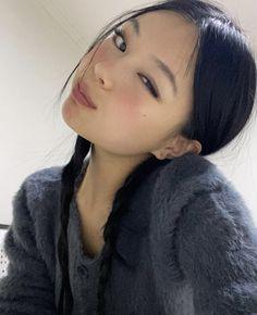 Pretty People, Beautiful People, Japonese Girl, Pretty Asian Girl, Aesthetic Hair, Ulzzang Girl, Pretty Face, Hair Looks, Kpop Girls