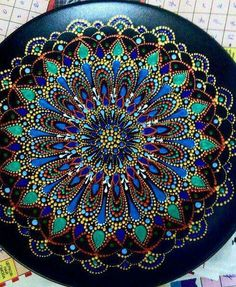Discover thousands of images about Wooden Round hand painted mandala magnet. Dot Art Painting, Mandala Painting, Stone Painting, Mandala Pattern, Mandala Design, Point Paint, Mandala Rocks, Pebble Art, Stone Art