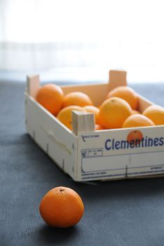 clementines -- one of my favorite fruits! I try not to snack too much, but when I crave something sweet, two of these cuties usually satisfy ... in 2014, I will eat these and bin the sodas ... Behlor