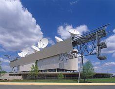 Morphosis Architects / Thom Mayne, Roland Halbe · NOAA Satellite Operation Facility