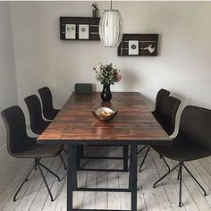 Bent Hansen at Home // Stylish dining room with 6 Primum Chairs. Thanks for sharing, @magnusglenn.  Photo: @magnusglenn