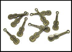 breloque musique - UNE HISTOIRE DE MODE Instruments, Bronze, Diy, Violin, Pendant, Handkerchief Dress, Music, Pearl, Color
