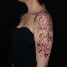 flowers  Done: @dildotattoostudio  Thank you: @konstantina_koufa  #flowers #flowerstattoo #lotusflowertattoo #tattoo #colour #armtattoo #girltattoo #tattoostyle #tattoomodel #tattooartist #tattooed #tattoodo #tattooart #tattoolife #tattooink #tattooedgirls #tattoolove #athenstattoo #dildotattoostudio #dildotattoo #alexthejem