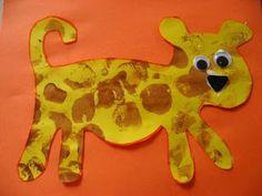 Leopard Craft - No time for flash cards - Cool Crafts Jungle Activities, Preschool Jungle, Jungle Crafts, Zoo Crafts, Animal Activities, Camping Crafts, Animal Crafts, Baby Crafts, Toddler Crafts