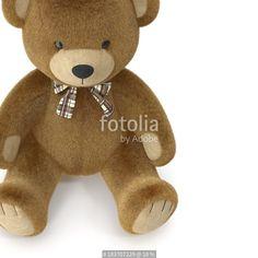 """Descargue la foto libre de derechos """"Toy Teddy Bear on a white. 3D illustration"""" creada por 2dmolier al precio más bajo en Fotolia.com. Explore nuestro económico banco de imágenes para encontrar la foto perfecta para sus proyectos de marketing."""