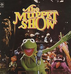 It's time to play the music It's time to lights the lights It's time to meet the Muppets on the Muppet Show tonight. Childhood Tv Shows, My Childhood Memories, Sweet Memories, Childhood Toys, Miss Piggy, Jim Henson, Die Muppets, Musica Disco, Comedy