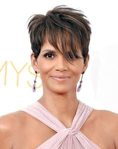 Short Hairstyles for African American | Makeup Tutorials http://makeuptutorials.com/15-haircuts-for-older-women-ideas-and-tips