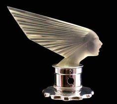 Art-Deco Hood Ornament - Art Deco 2 verschiedenes-different - Arte Art Nouveau, Car Hood Ornaments, Radiator Cap, Automotive Art, Automotive Engineering, Engineering Jobs, Automotive Industry, Art Deco Era, Lost Art