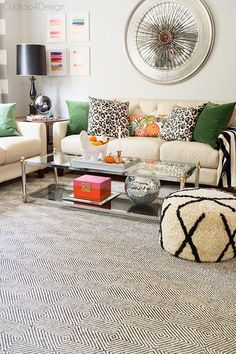 A new gorgeous rug for our living room! (via Bloglovin.com )