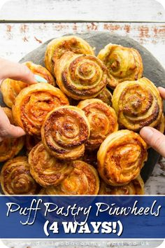 Puff Pastry Pinwheels ways!) Puff Pastry Pinwheels ways!),Fingerfood für das Jubiläum Puff Pastry Pinwheels couldn't be easier to make! Here I'll show you 4 delicious flavours: Pesto, Pizza, Marmite and Prosciutto. Puff Pastry Pinwheels, Pizza Pinwheels, Puff Pastry Appetizers, Appetizer Recipes, Savoury Puff Pastry Recipes, Recipes Using Puff Pastry, Puff Pastry Pizza, Pastries Recipes, Puff Pastries