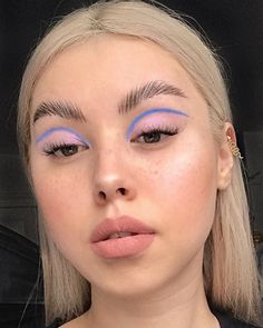 20 Lovely Daydreaming summer makeup looks That you should try before summer ends., 20 Lovely Daydreaming summer makeup looks That you should try before summer ends. Makeup Goals, Makeup Inspo, Makeup Ideas, Makeup Tips, Skin Makeup, Beauty Makeup, Eye Makeup Art, Eyeliner Makeup, Sommer Make-up Looks