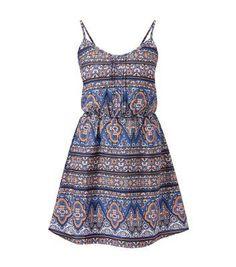 Blaues Skater-Kleid mit Trägern und abstraktem Muster  #dress #offduty #women #covetme