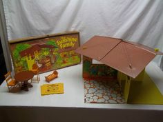 ive got this 1 its a great vynal covered cardboard house sunshine family