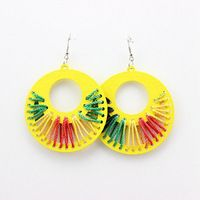 Brazilian Night Club Personality Hip Hop Earrings Jewelry Wooden Hollow Out Coil Color Circular Stud Earrings E647