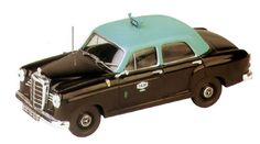 Portuguese Taxi Antique Toys, Vintage Toys, Nostalgia, Portugal, White Books, In Vino Veritas, Poster Pictures, Tin Toys, My Heritage