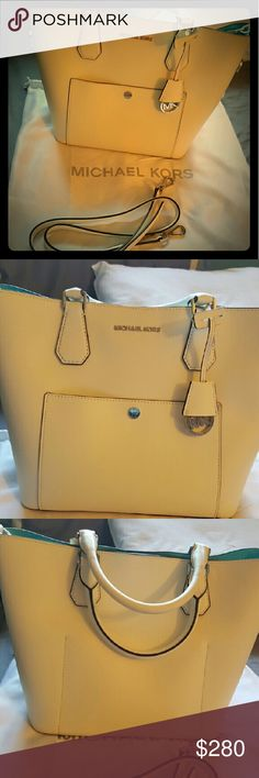 White mk purse Beautiful in perfect conditions Other