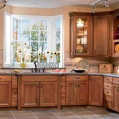 Ideas for Painting Kitchen Cabinets + Pictures #kitchen #cabinet