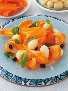 Cuidarse es comer carbohidratos naturales, aprende hacer la receta de zanahorias y papas con vinagreta de naranja. http://www.recetasparaadelgazar.com/2014/08/ensalada-de-zanahorias-y-papas-con-vinagreta-de-naranja/