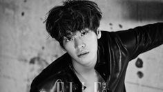 Kim Young Kwang is sexy with mussed up hair for 'Elle' | http://www.allkpop.com/article/2015/08/kim-young-kwang-is-sexy-with-mussed-up-hair-for-elle