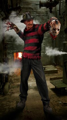 Freddy Krueger is renewing old friendships in his own special I'll kill you in your dreams kind of way. Hope you dig Freddy WIP Horror Villains, Horror Movie Characters, Jason Voorhees, Freddy Krueger, Chucky, Horror Themes, Slasher Movies, Horror Artwork, Kino Film